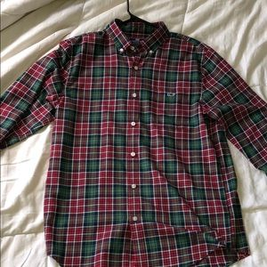 Men's Vineyard Vines button down shirt